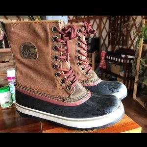Woman's Sorel Waterproof Caribou boots